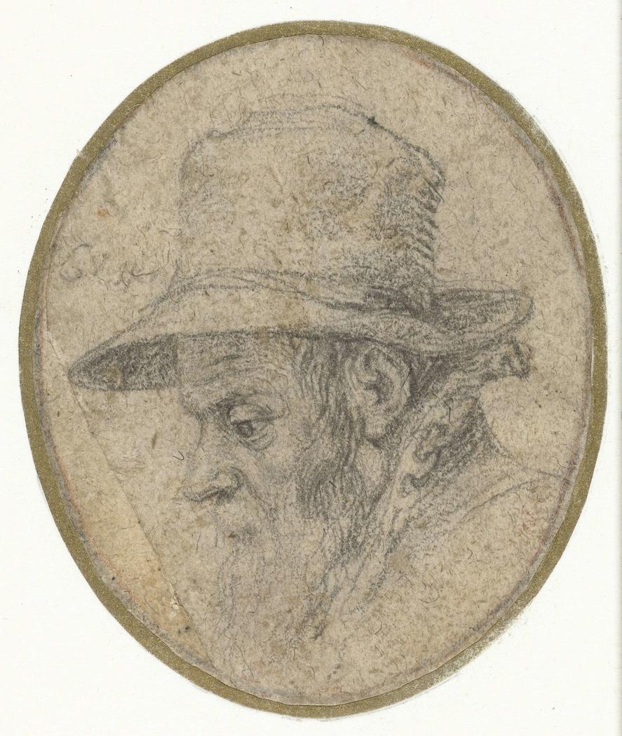 Portret van man van middelbare leeftijd met een hoed