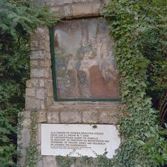 Alle rangen en standen betuigen hulde aan het Mariabeeld