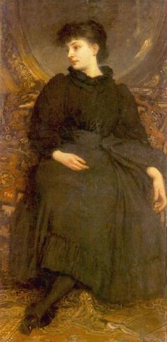 Cornelia Lotz in Black