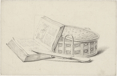 Stilleven met boek, briefopener en mandje