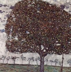 Яблоня II