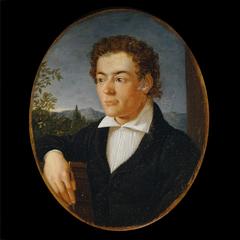 Brustbild eines jungen Mannes vor einer Abendlandschaft