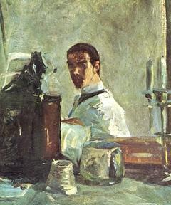 Selbstporträt vor einem Spiegel