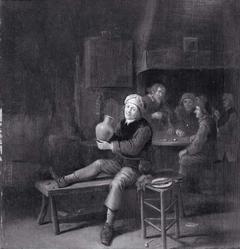 Drinkende en dobbelende mannen in een herberg