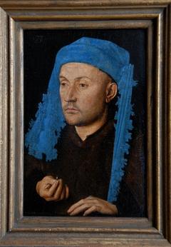 Mann mit der blauen Sendelbinde